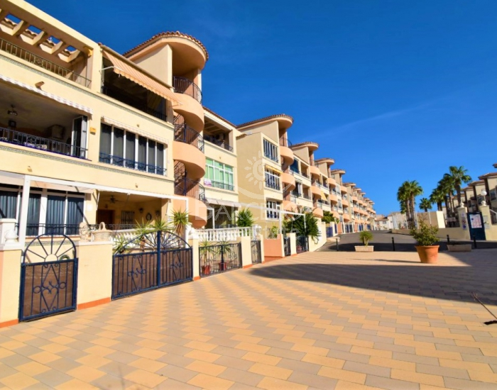 Appartement - Wederverkoop - Orihuela Costa - Los Altos